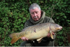 Bailiff Dave (bazz) Barry with a nice mirror from ASL 27/08/15.