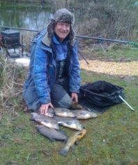 A nice bag of bream taken by Ron Evans at Wood Bevington early 2014.