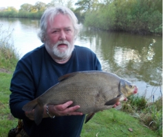 Not the target quarry but at 7lb 2oz this bream and 2 fractionaly smaller were welcome intruders for ABAC bailiff Peter Tuke on 22/4/2014.